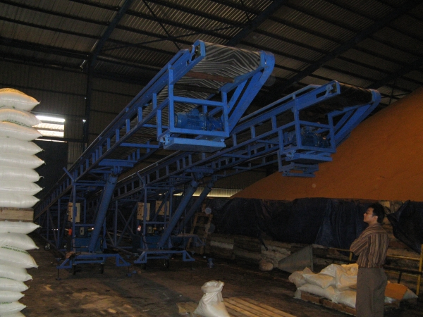 Hidrolik Conveyor up to 1,5 m until 12 m Loud cap. 4 ton